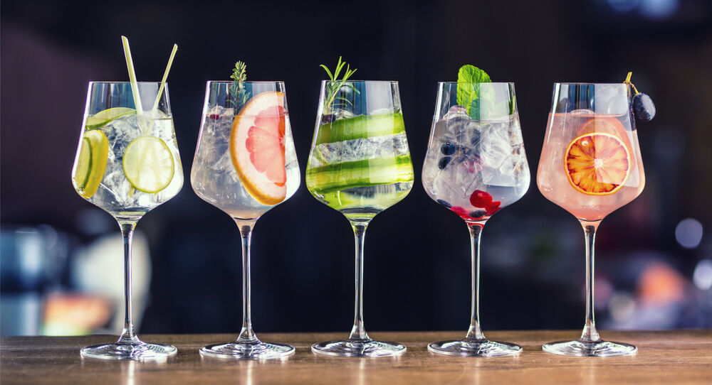 7 Simple Cocktails to Offer your Customers this World Gin Day